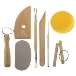 Tööriistade komplekt savi voolimiseks